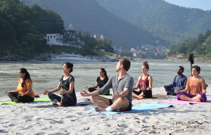 5 Secrets To Choosing A 300 Hour YTT In Rishikesh