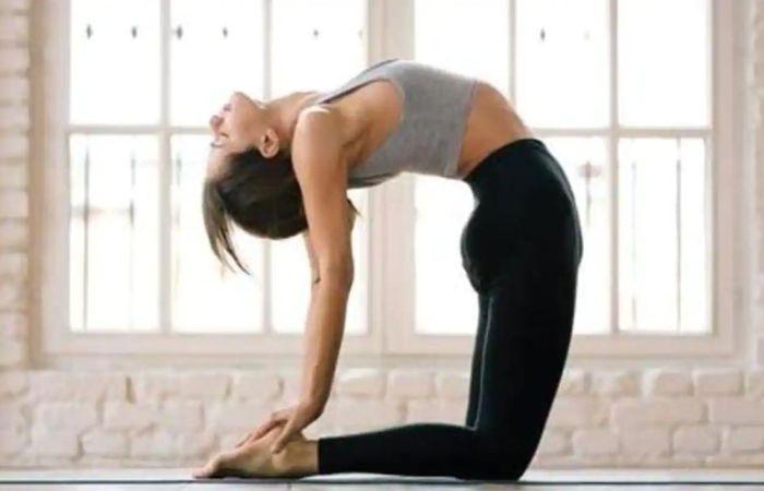 Balancing yoga postures