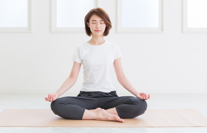 The Beginner Guide To Practicing Yoga For Back Pain
